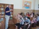 Ю.А.Ермилов беседует с читателями